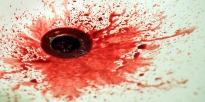 Blut im Waschbecken